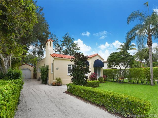 1253 Andalusia Avenue, Coral Gables, FL 33134 (MLS #A10484417) :: The Riley Smith Group