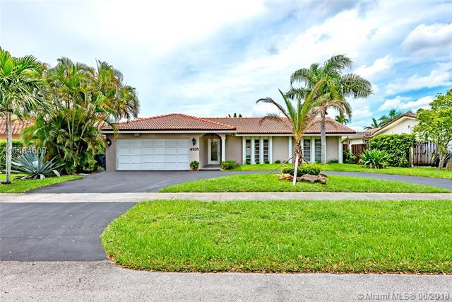 4938 Sarazan, Hollywood, FL 33021 (MLS #A10484603) :: The Teri Arbogast Team at Keller Williams Partners SW