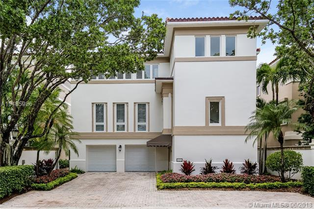 3520 Bayshore Villas Dr, Miami, FL 33133 (MLS #A10485986) :: The Riley Smith Group