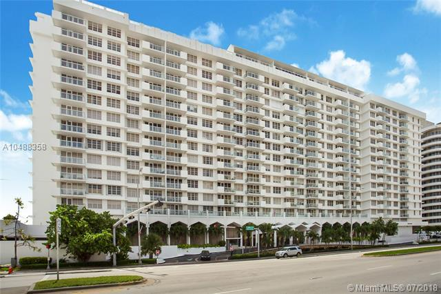 5601 Collins Ave 1512A, Miami Beach, FL 33140 (MLS #A10488358) :: The Teri Arbogast Team at Keller Williams Partners SW