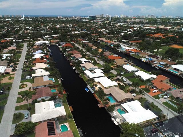 1431 NE 53rd Ct, Fort Lauderdale, FL 33334 (MLS #A10489764) :: The Teri Arbogast Team at Keller Williams Partners SW