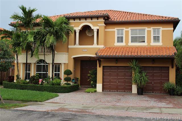 2761 SW 156th Pl, Miami, FL 33185 (MLS #A10489932) :: The Teri Arbogast Team at Keller Williams Partners SW