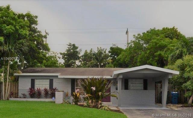 4331 NE 13th Ave, Oakland Park, FL 33334 (MLS #A10490175) :: The Teri Arbogast Team at Keller Williams Partners SW