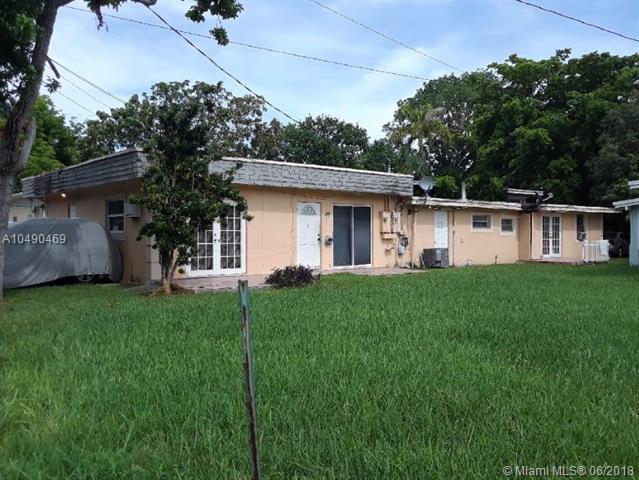 2023 Mayo Street, Hollywood, FL 33020 (MLS #A10490469) :: Prestige Realty Group