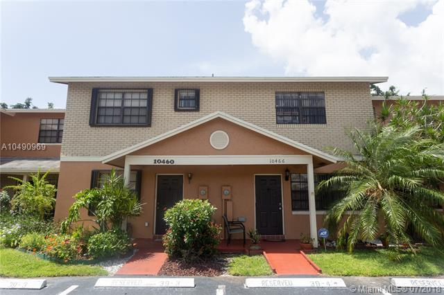 10466 NW 3rd St, Pembroke Pines, FL 33026 (MLS #A10490969) :: RE/MAX Presidential Real Estate Group