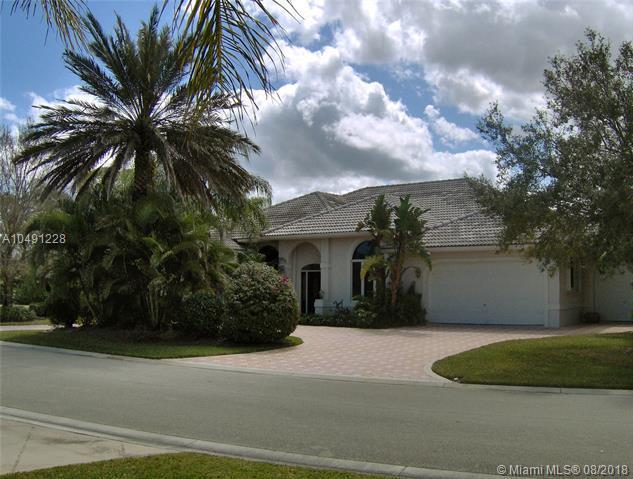5382 SE Lost Lake Way, Hobe Sound, FL 33455 (MLS #A10491228) :: Grove Properties