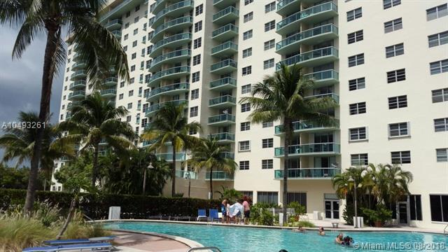 19390 Collins Ave #202, Sunny Isles Beach, FL 33160 (MLS #A10493261) :: Green Realty Properties