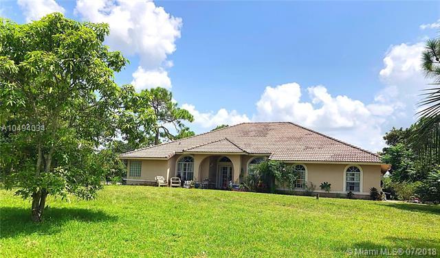 17314 N 71st Ln N, Loxahatchee, FL 33470 (MLS #A10494034) :: Green Realty Properties