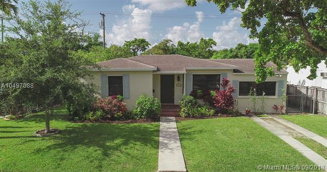 6226 SW 13 ST, West Miami, FL 33144 (MLS #A10497088) :: Stanley Rosen Group