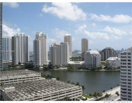 950 Brickell Bay Dr #1908, Miami, FL 33131 (MLS #A10497905) :: Grove Properties