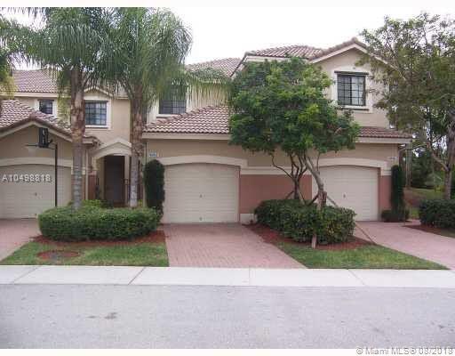 4044 Peppertree Dr, Weston, FL 33332 (MLS #A10498818) :: Green Realty Properties