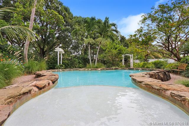 887 Summerwood Dr, Jupiter, FL 33458 (MLS #A10500065) :: Green Realty Properties