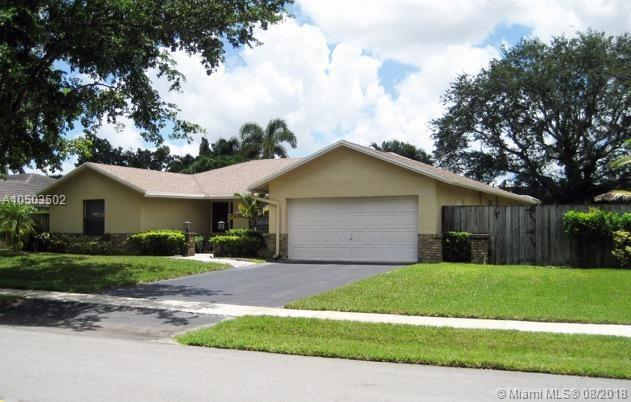 1500 NW 92nd Ave, Plantation, FL 33322 (MLS #A10503502) :: The Teri Arbogast Team at Keller Williams Partners SW