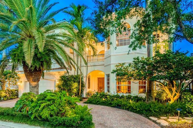 920 Manatee Way, Hollywood, FL 33019 (MLS #A10504555) :: The Riley Smith Group