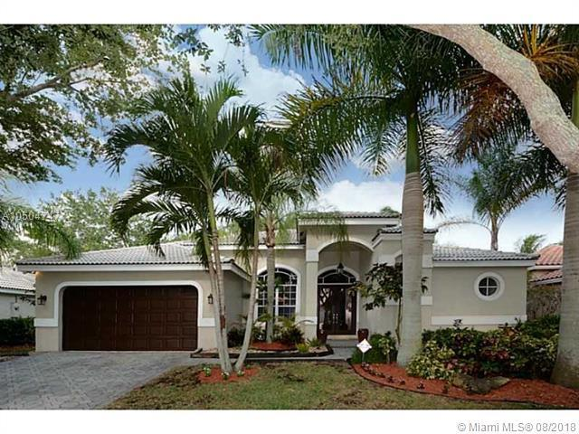2615 Oakbrook Ct, Weston, FL 33332 (MLS #A10504747) :: Green Realty Properties