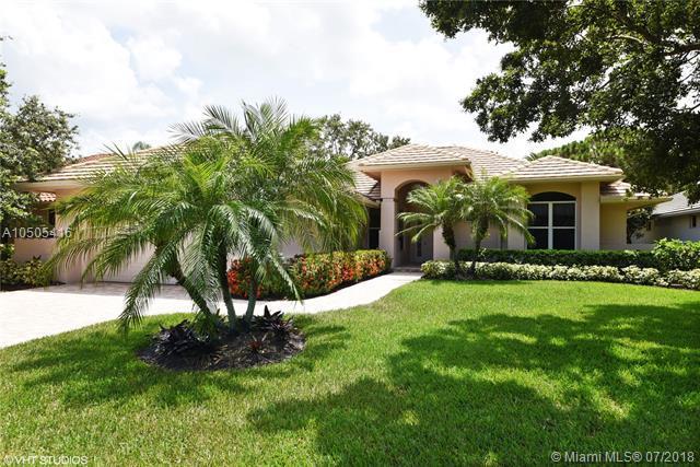 3509 SE Cambridge Dr, Stuart, FL 34997 (MLS #A10505416) :: Green Realty Properties