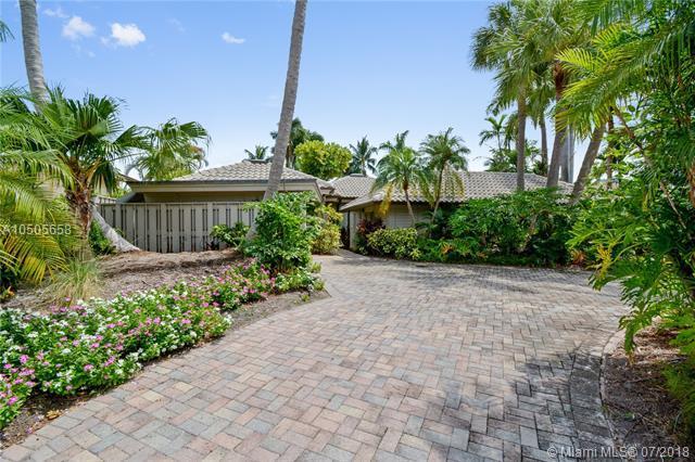 2525 Barcelona Dr, Fort Lauderdale, FL 33301 (MLS #A10505658) :: Green Realty Properties