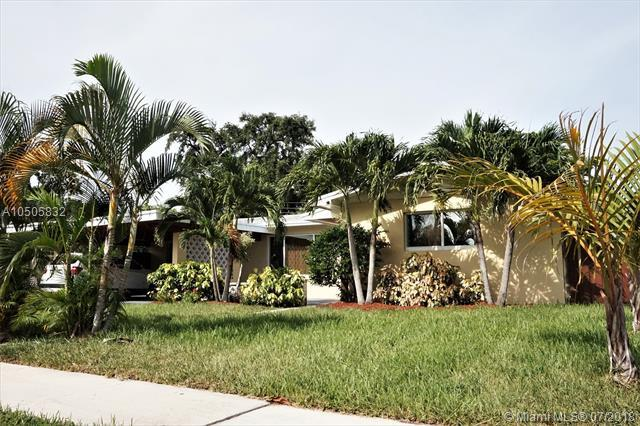 1650 SW 27th Ave, Fort Lauderdale, FL 33312 (MLS #A10505832) :: The Teri Arbogast Team at Keller Williams Partners SW