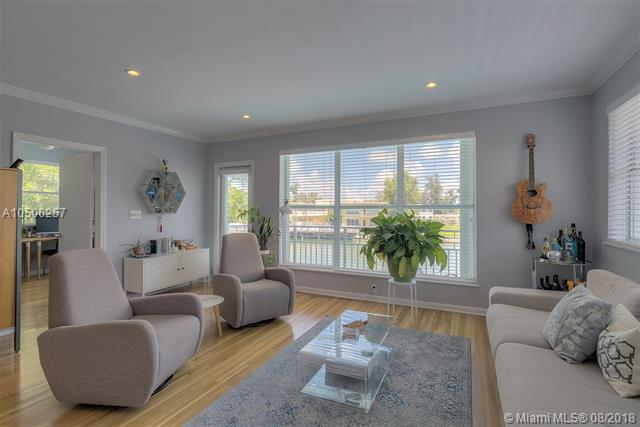 1265 Marseille Dr #34, Miami Beach, FL 33141 (MLS #A10506257) :: Green Realty Properties