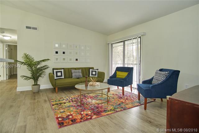 9701 Hammocks Blvd 204A, Miami, FL 33196 (MLS #A10507142) :: Green Realty Properties