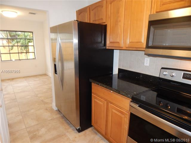 1475 SW 122nd Ave 7-16, Miami, FL 33184 (MLS #A10507955) :: The Riley Smith Group