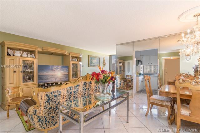 17021 N Bay Rd #1014, Sunny Isles Beach, FL 33160 (MLS #A10509537) :: Green Realty Properties