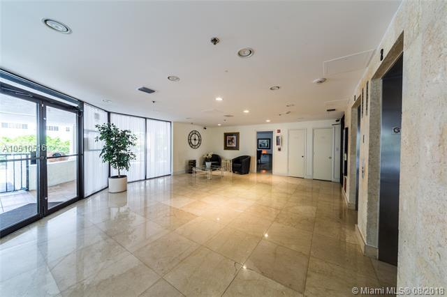 9300 Bay Harbor Ter 2C, Bay Harbor Islands, FL 33154 (MLS #A10510516) :: The Riley Smith Group