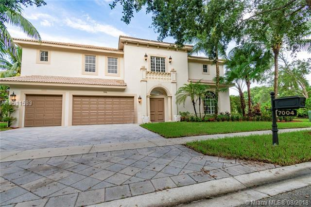7004 NW 70th Ter, Parkland, FL 33067 (MLS #A10511583) :: Stanley Rosen Group
