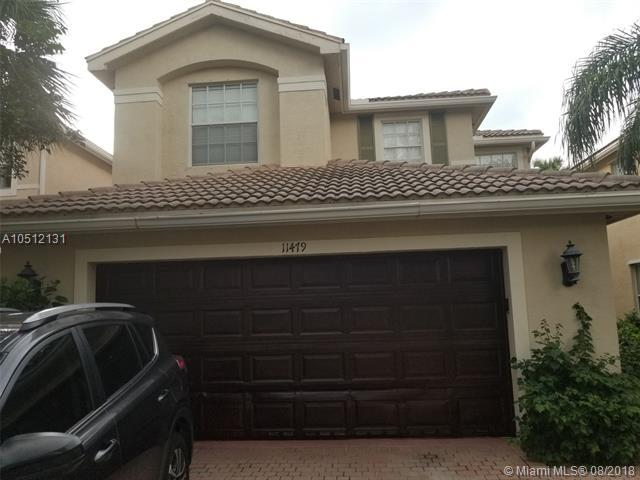 11479 Blue Violet Ln, Royal Palm Beach, FL 33411 (MLS #A10512131) :: Hergenrother Realty Group Miami