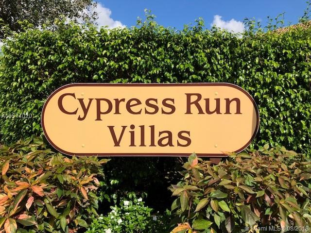 11035 Cypress Run Cir, Coral Springs, FL 33071 (MLS #A10514020) :: Laurie Finkelstein Reader Team