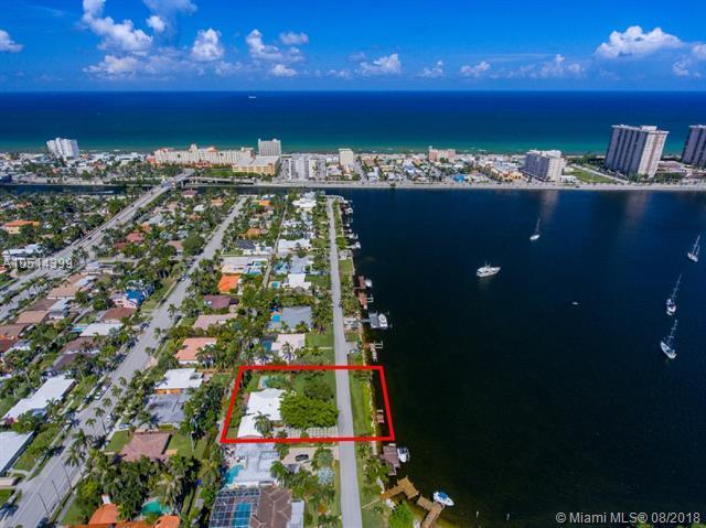 823 N Southlake Dr, Hollywood, FL 33019 (MLS #A10514399) :: Green Realty Properties