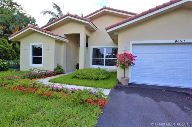 4850 SW 61st Ave, Davie, FL 33314 (MLS #A10514778) :: Stanley Rosen Group