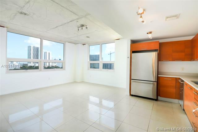 3250 NE 1st Ave #716, Miami, FL 33137 (MLS #A10514813) :: Prestige Realty Group
