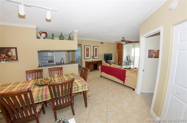 17125 N Bay Rd #3504, Sunny Isles Beach, FL 33160 (MLS #A10514919) :: The Paiz Group