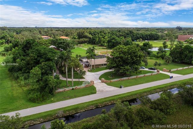14421 Old Sheridan St, Southwest Ranches, FL 33330 (MLS #A10515224) :: The Teri Arbogast Team at Keller Williams Partners SW
