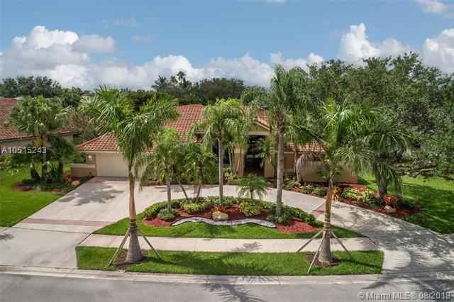 352 Palm Blvd, Weston, FL 33326 (MLS #A10515243) :: The Teri Arbogast Team at Keller Williams Partners SW