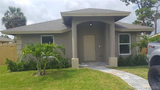 125 Dorothy Dr, West Palm Beach, FL 33415 (MLS #A10515907) :: Green Realty Properties