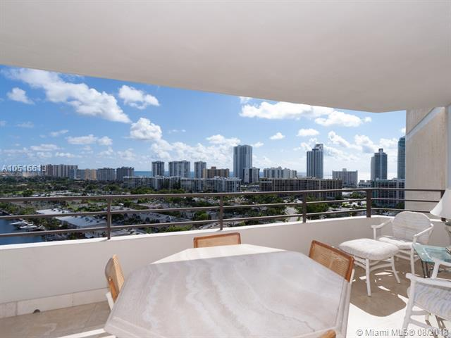 2500 Parkview Dr #1706, Hallandale, FL 33009 (MLS #A10516613) :: Green Realty Properties