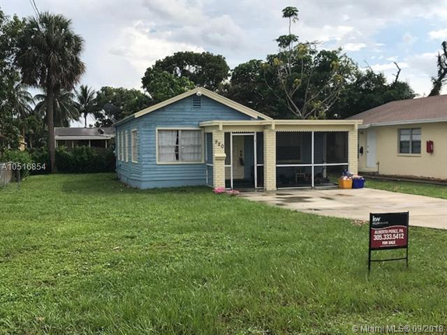 920 Alamanda Rd, West Palm Beach, FL 33405 (MLS #A10516854) :: Green Realty Properties