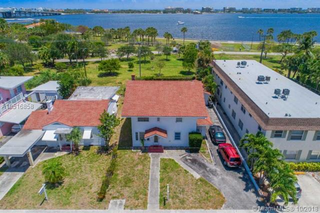 226 S Lakeside, Lake Worth, FL 33460 (MLS #A10516858) :: Green Realty Properties