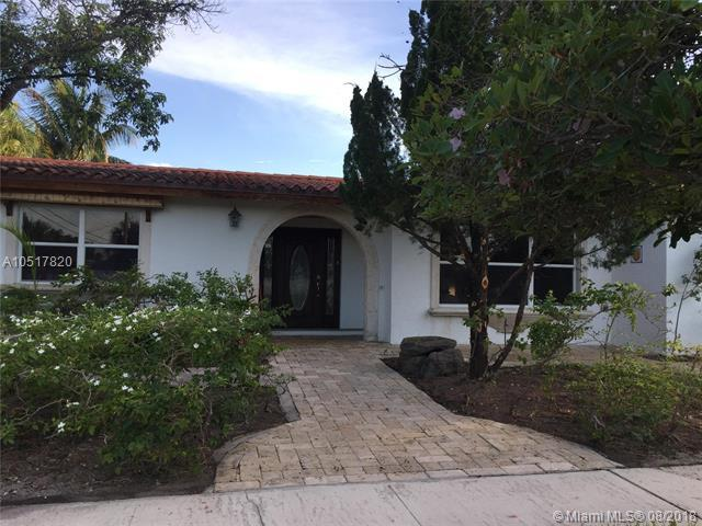 5890 NE 22nd Ave, Fort Lauderdale, FL 33308 (MLS #A10517820) :: Green Realty Properties