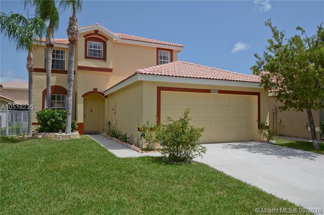 3525 Danbury Ct, Boynton Beach, FL 33436 (MLS #A10518235) :: Stanley Rosen Group