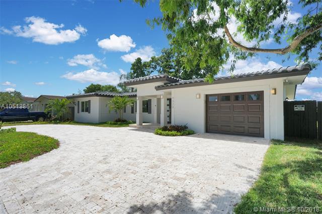 9320 SW 165th St, Palmetto Bay, FL 33157 (MLS #A10518861) :: Green Realty Properties