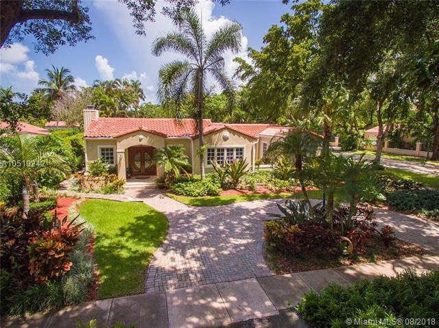 1301 Sorolla Ave, Coral Gables, FL 33134 (MLS #A10519242) :: Carole Smith Real Estate Team