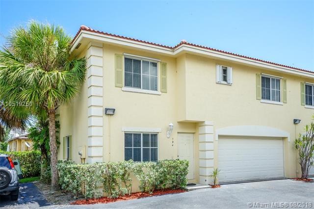 194 SE 2nd St #194, Deerfield Beach, FL 33441 (MLS #A10519250) :: Berkshire Hathaway HomeServices EWM Realty