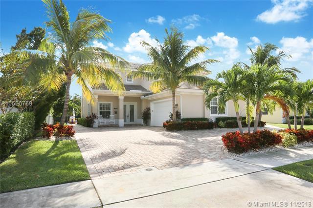 624 Inlet Rd, North Palm Beach, FL 33408 (MLS #A10520769) :: Laurie Finkelstein Reader Team