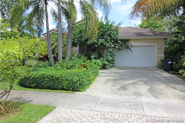 117 Glendale Dr, Miami Springs, FL 33166 (MLS #A10520898) :: Green Realty Properties