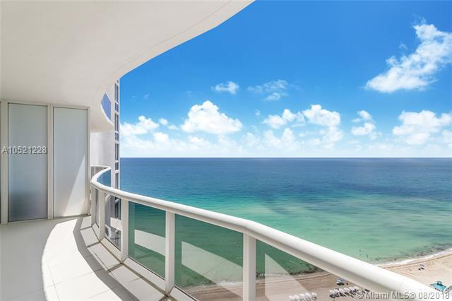 15901 Collins Ave #1807, Sunny Isles Beach, FL 33160 (MLS #A10521228) :: Green Realty Properties
