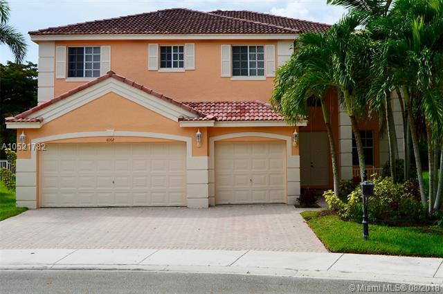 4002 Staghorn Ln, Weston, FL 33331 (MLS #A10521782) :: Stanley Rosen Group