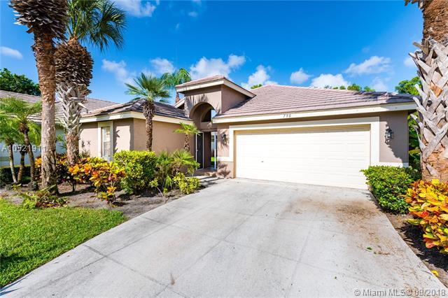 790 Clearbrook Park Cir, Delray Beach, FL 33445 (MLS #A10521911) :: Green Realty Properties